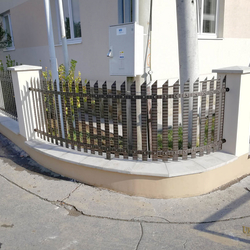 Wrought iron fencing made for a family house - a simple design