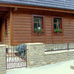 A wrought iron fence BABIČKA - cottage - 'Seclusion near the forest'